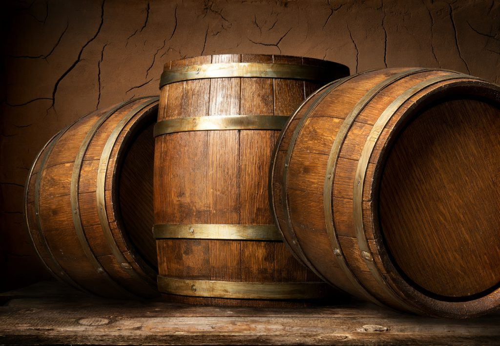 Drumshanbo-Distillery_wooden-barrels